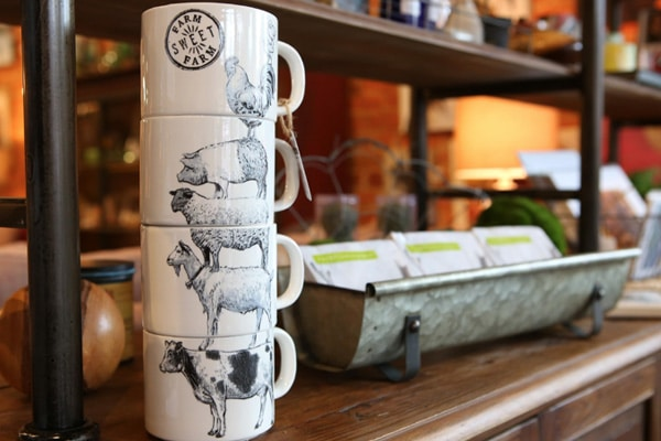 Artful Ellijay stacked mugs